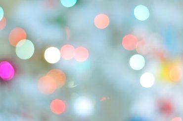 Zaproś światło do {swojego} wnętrza. 10 pięknych sposobów.